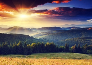 Majestic-sunset-in-the-mountains-Carpathian-300x213
